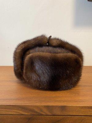 Futrzana czapka brązowy-ciemnobrązowy