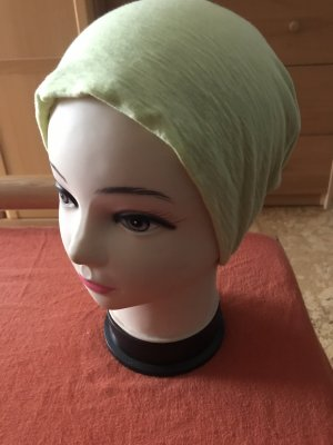 Bonnet vert pâle