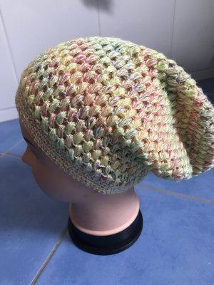 Unikat Einzelstück Knitted Hat pale yellow-pale green