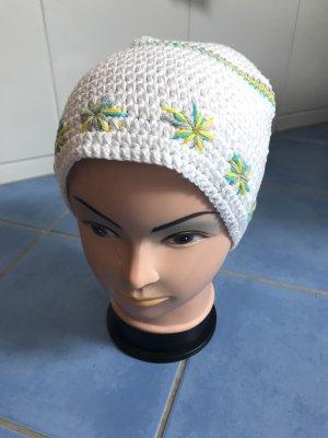 Unikat Einzelstück Knitted Hat multicolored