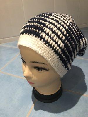 Unikat Einzelstück Crochet Cap natural white-dark blue