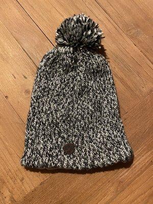 New Era Sombrero de punto negro-blanco