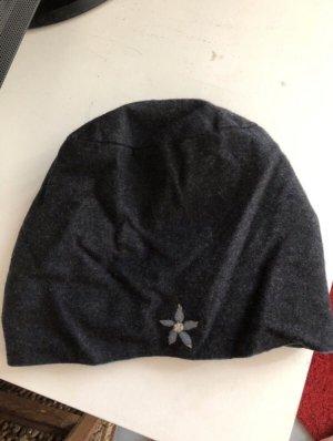 Chapeau en tissu gris-bleu azur feutre