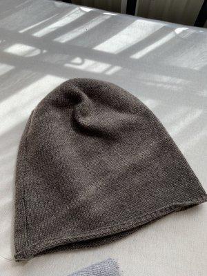 Bonnet cache-oreilles gris brun
