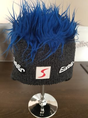 Eisbär Chapeau en fourrure noir-bleu