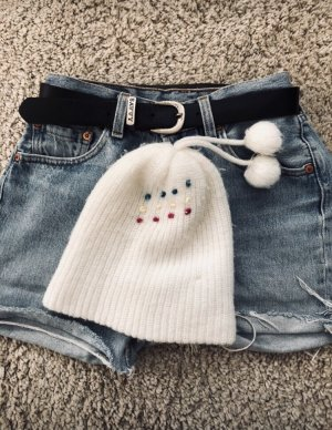 Chapeau en tricot blanc cassé-blanc