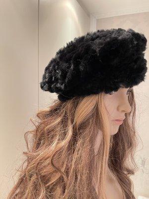 Sombrero de piel negro