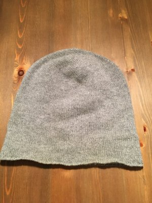 H&M Beanie silver-colored