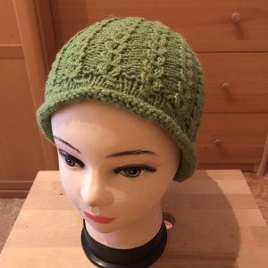 Unikat Einzelstück Crochet Cap grass green