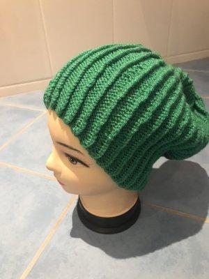 Unikat Einzelstück Crochet Cap green