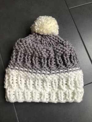 Knitted Hat grey-natural white
