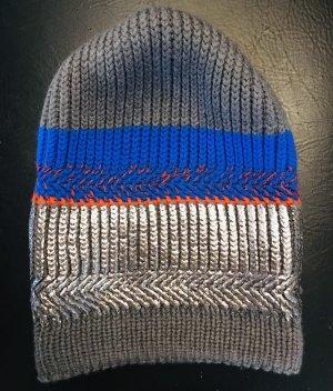 Mütze, handgemacht aus England