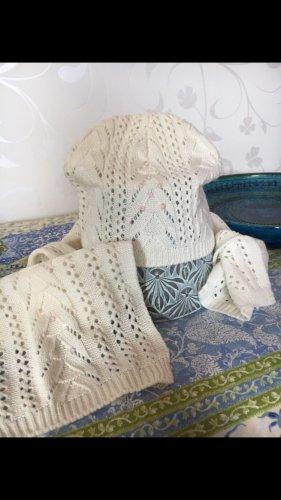 Bonnet en crochet blanc