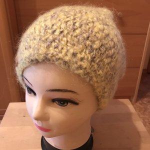 Unikat Einzelstück Crochet Cap pale yellow-light grey