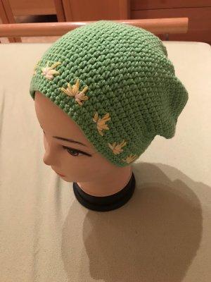 Unikat Einzelstück Bonnet en crochet vert-jaune primevère