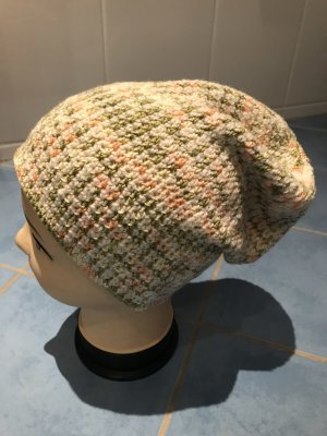 Unikat Einzelstück Knitted Hat multicolored
