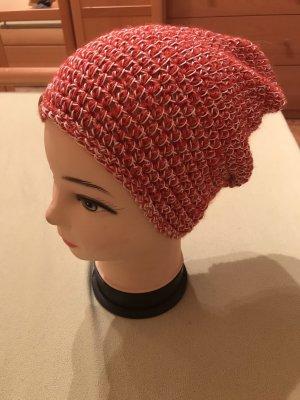 Unikat Einzelstück Bonnet en crochet blanc-rouge foncé
