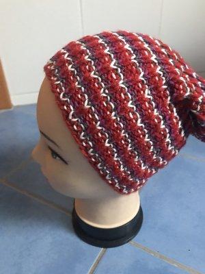 Unikat Einzelstück Crochet Cap carmine-natural white