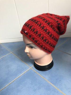 Unikat Einzelstück Crochet Cap black-red
