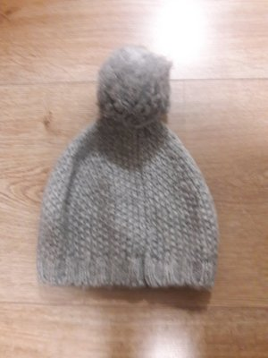 s.Oliver Bobble Hat light grey