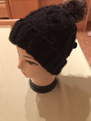 s.Oliver Knitted Hat black