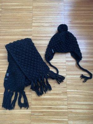 Mütze und Schal Set schwarz Hallhuber