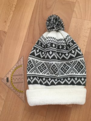 C&A Sombrero de punto gris-blanco Acrílico