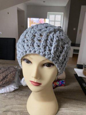 Sombrero de punto color plata-marrón grisáceo