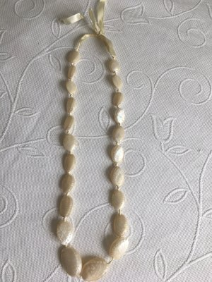 Shell Necklace natural white