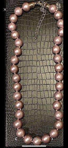 Collana di conchiglie argento-color oro rosa