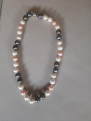 Collar de perlas multicolor