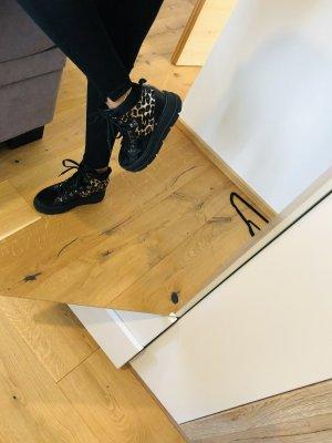 Musseti High Top Sneaker