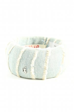 Mustang Bangle blue casual look