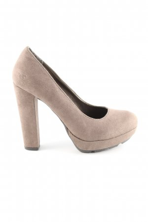 Mustang Plateau-Pumps creme Casual-Look