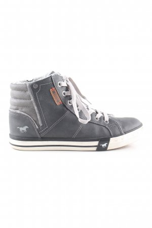 Mustang Shoes Schnürschuhe hellgrau Steppmuster Casual-Look