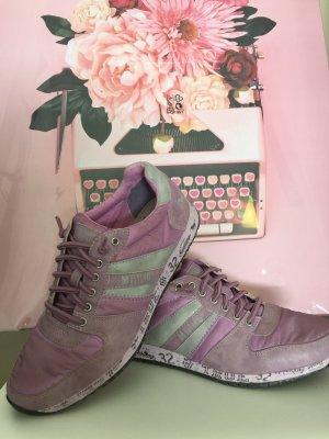 Mustang Shoes Basket à lacet violet-lilas