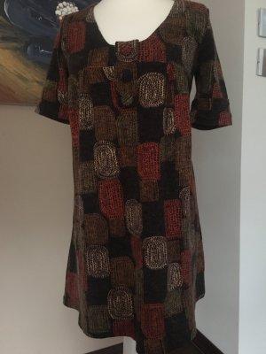 Muster aus den 70ern, Tunika bzw. Minikleid