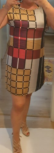 Wallis Off-The-Shoulder Dress multicolored