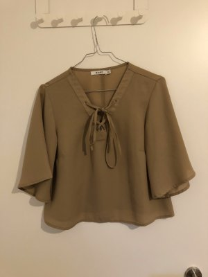 NA-KD Bluse mit V-Ausschnitt & Schnürrung, weiten Ärmel
