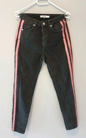 NA-KD Jeans mit Streifen