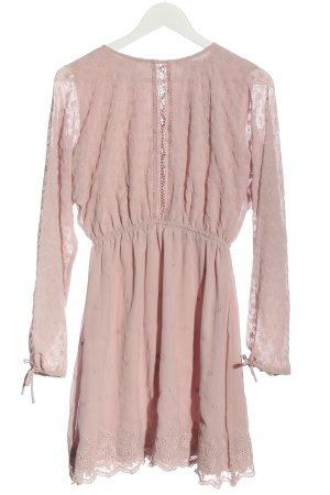 NA-KD Langarmkleid pink Elegant