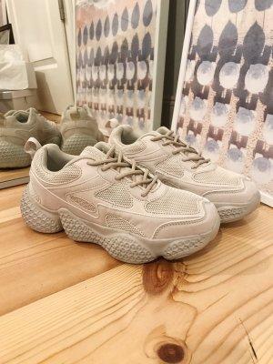 NA-KD Sneaker Beige dicke Sohle Größe 39