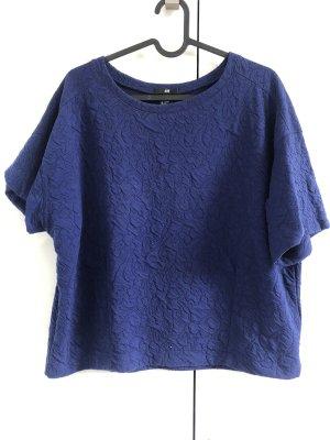 Nachtblaues Shirt