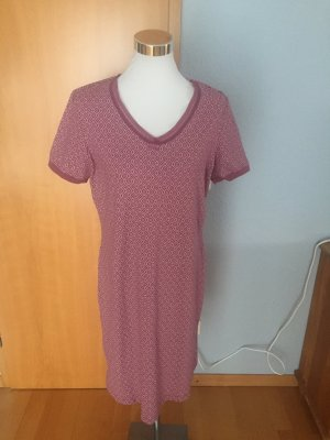 Nachtkleid/Shirtkleid im schönen Beerenton, Größe L-XL