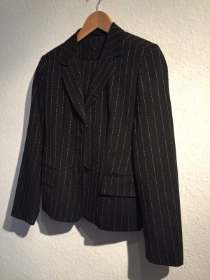 FFC Pinstripe Suit black-white