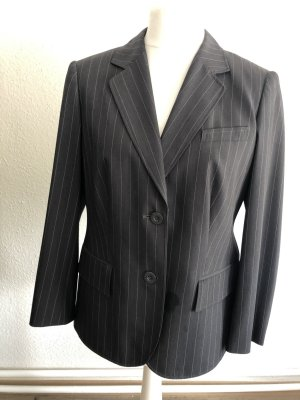 Nadelstreifen Betty Barcley Anzug
