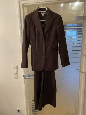 Best Connections Pinstripe Suit cream-dark brown