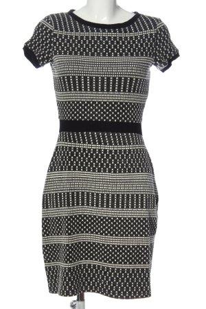 Naf naf Robe en maille tricotées noir-blanc motif graphique style décontracté