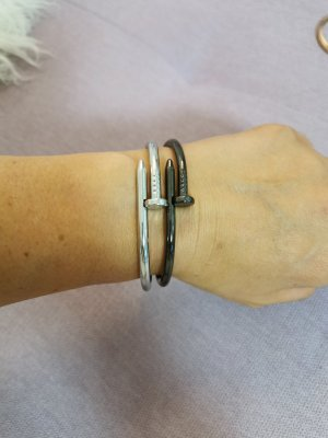 Armlet black-silver-colored
