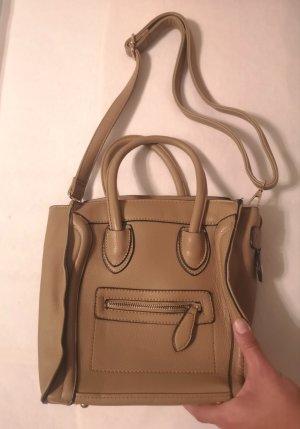 nagelneue handtasche tasche bag mit umhängegurt in braun camel